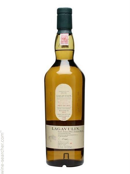 lagavulin-feis-ile-single-malt-scotch-whisky-islay-scotland-10458166