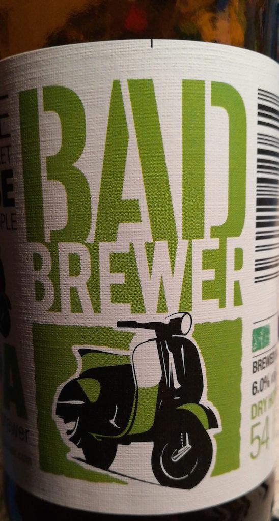 Recensione della birra Bad Brewer IPA beer firm italiana.