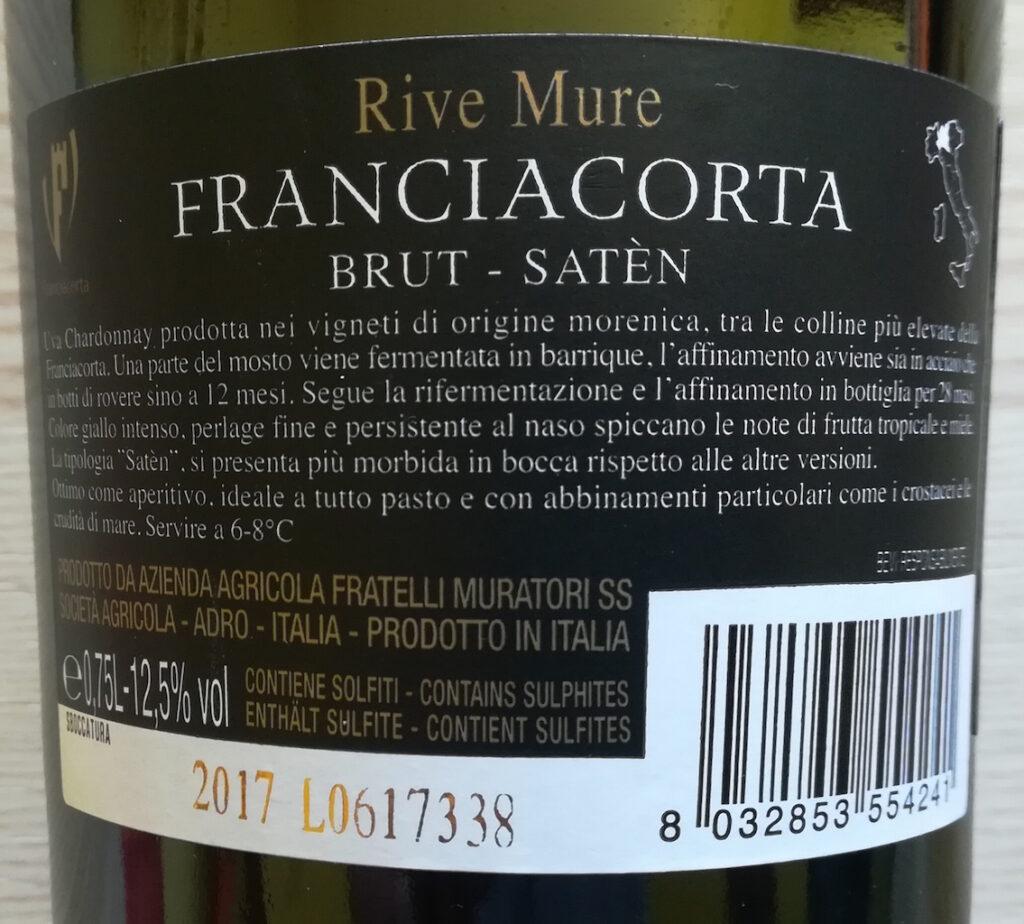 Recensione del vino Grandi Vigne Rive Mure Franciacorta Satèn, selezione di Villa Crespia per i supermercati IPER: Chardonnay 100% e 40 mesi di maturazione.