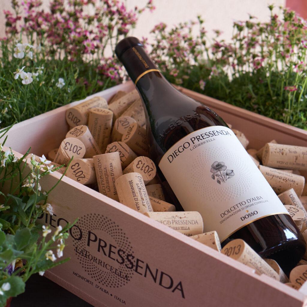 Intervista a Diego Pressenda, produttore piemontese con un'ampia gamma di vini, da Barolo a Dolcetto a Nebbiolo a Metodo Classico di Dolcetto.