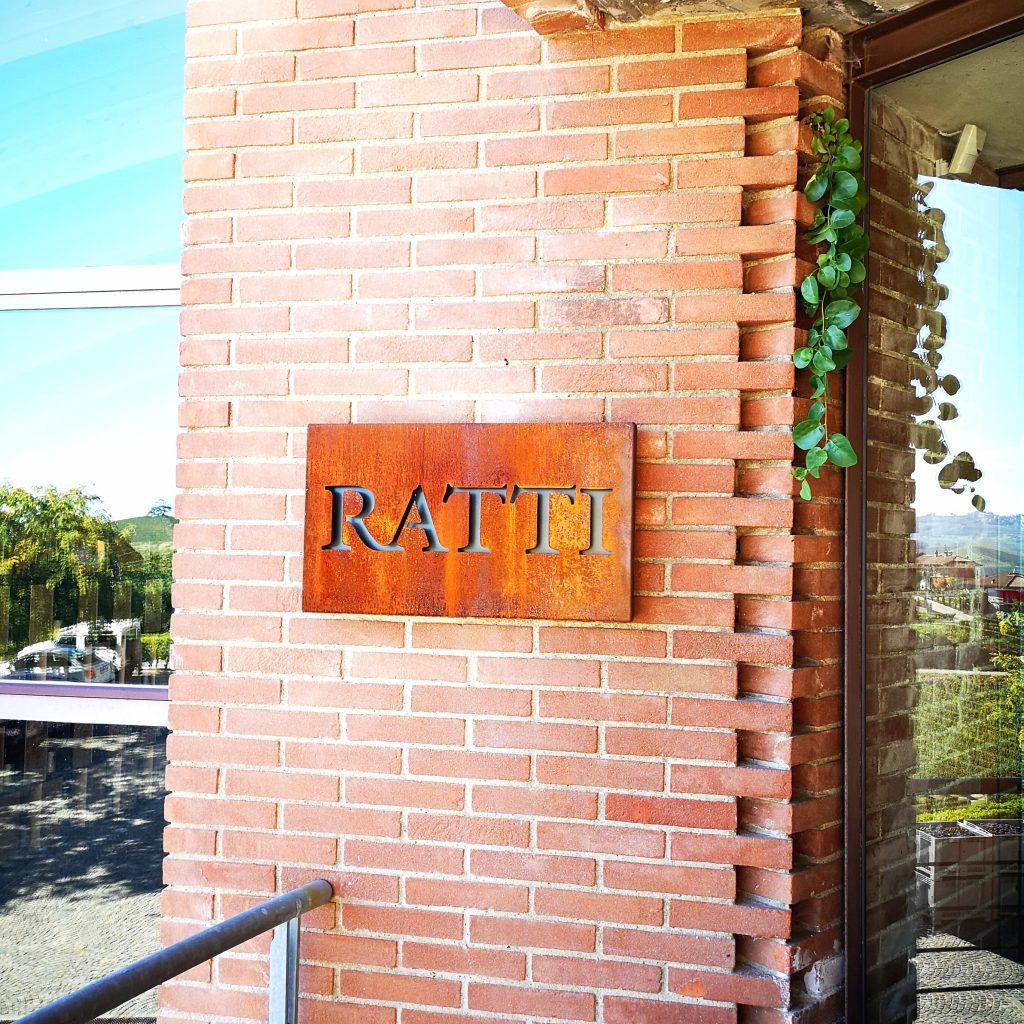 RENATO RATTI - VISITA IN CANTINA